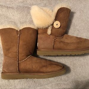 UGG Shoes - UGG Boots with Complete Care Kit